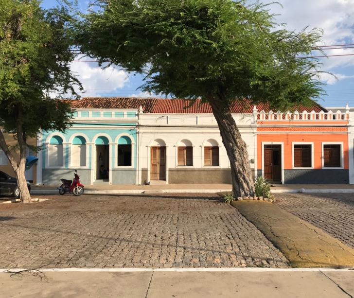 O encanto do casario ultra preservado da Praça Antônio FerrazLocalizada no município de Floresta. Sertão de Pernambuco.