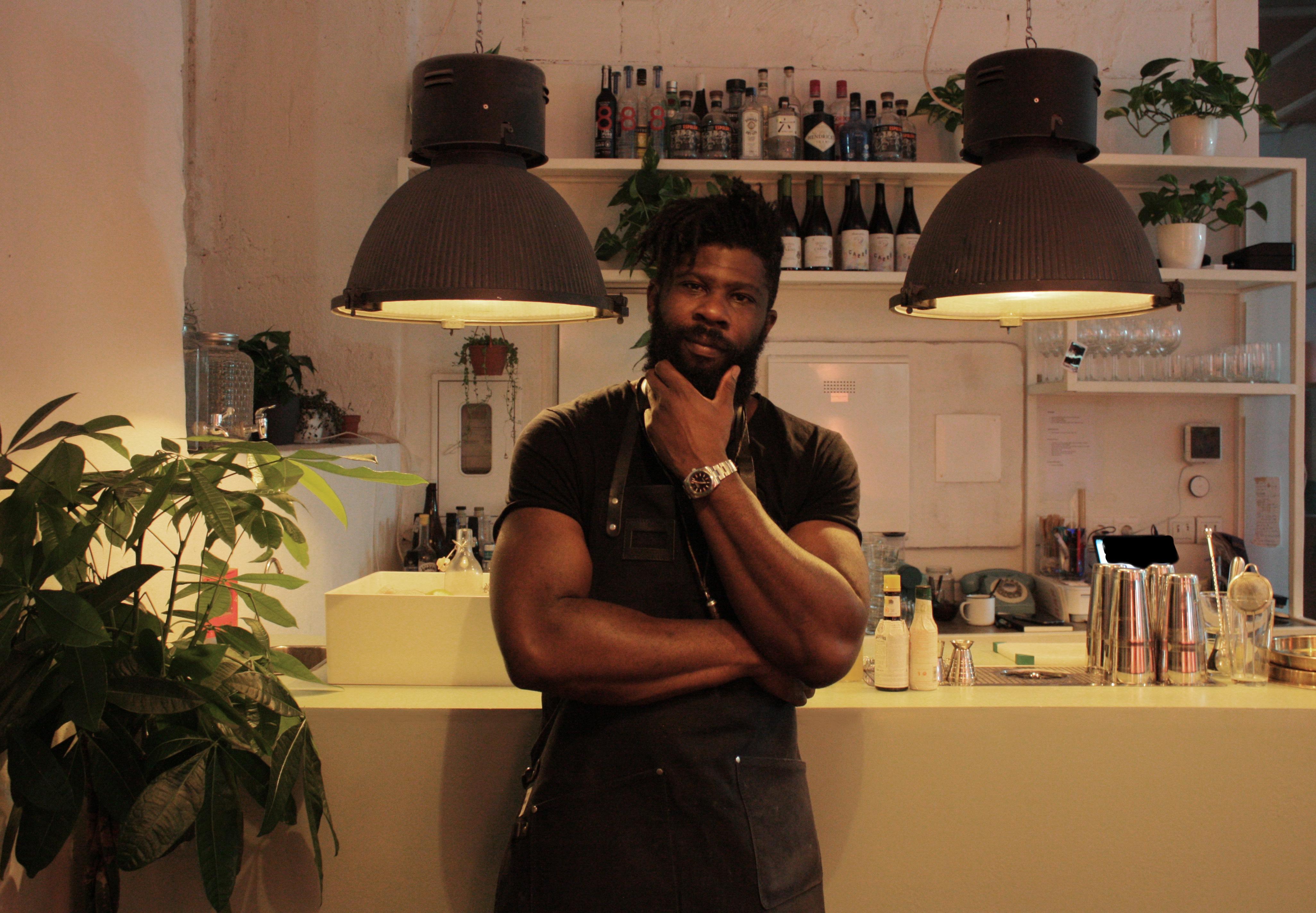 Shay Ola afirma que já há um movimento de retorno à África por parte dos chefs que são entusiasta da gastronomia do continente