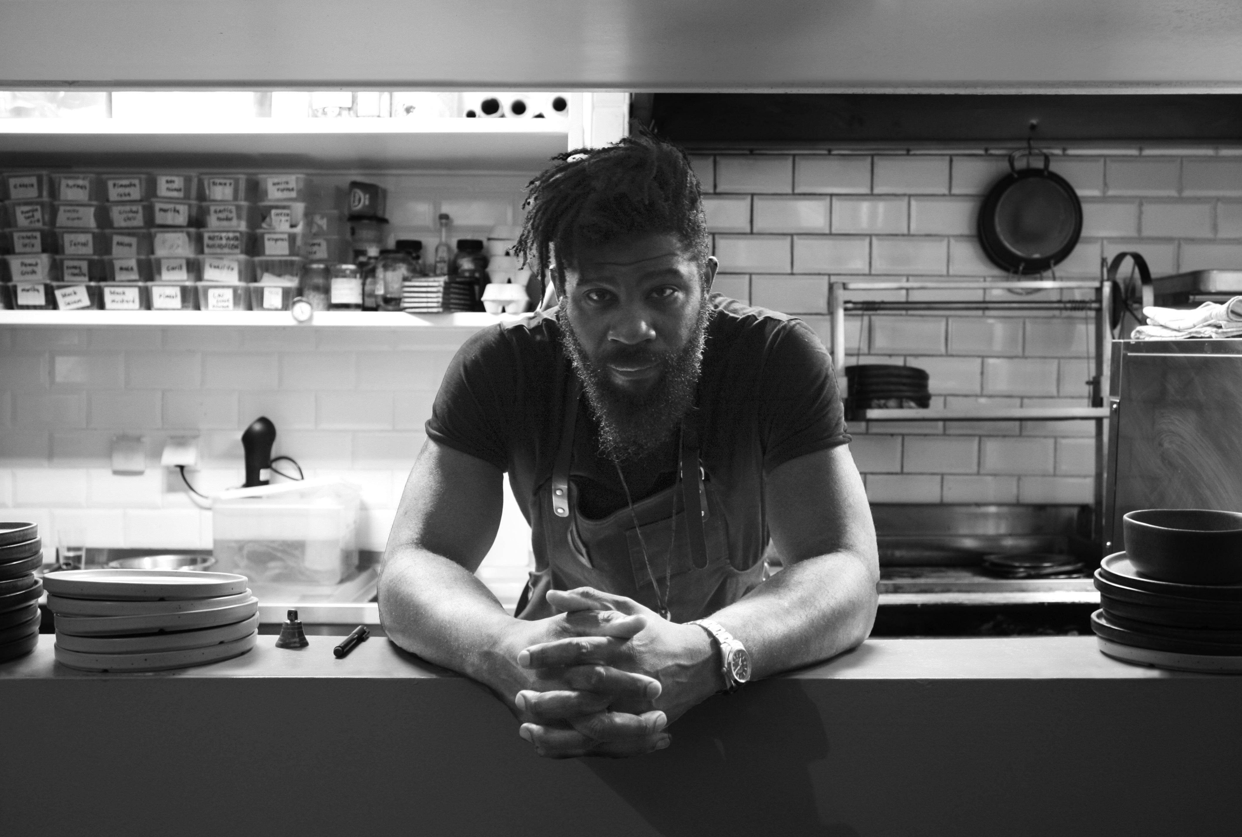 Com descendência nigeriana, Shay Ola é um dos principais nomes da cozinha contemporânea na Europa