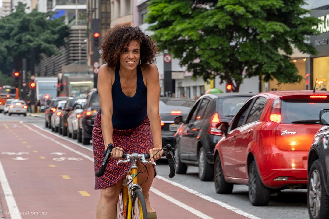Jô Pereira, diretora geral da Ciclocidade (Associação dos Ciclistas Urbanos de São Paulo) e fundadora do Pedal na Quebrada