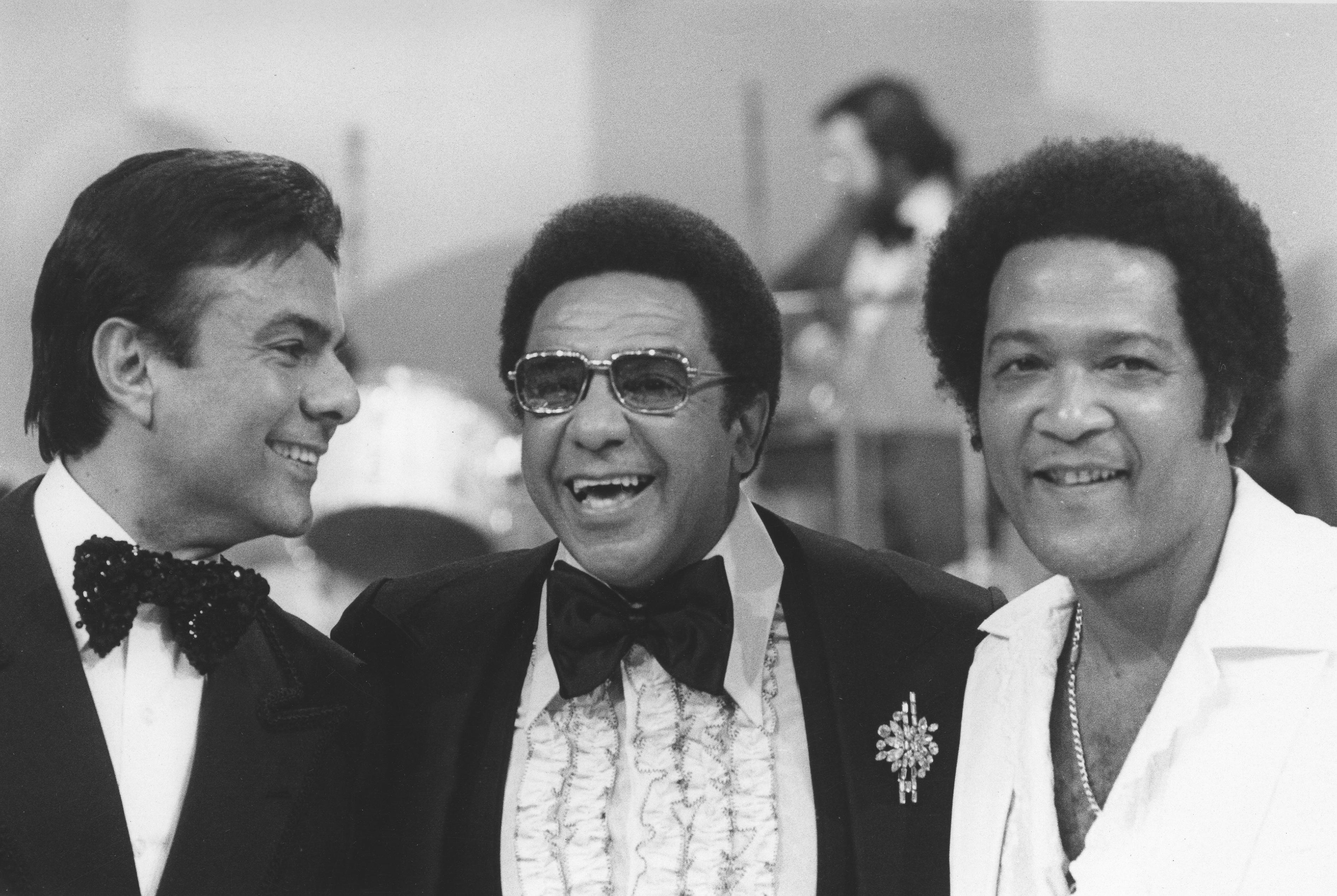 "Agnaldo Rayol, Agnaldo Timóteo e Roberto Ribeiro no programa ""Clube dos Artistas"" nos anos 70."