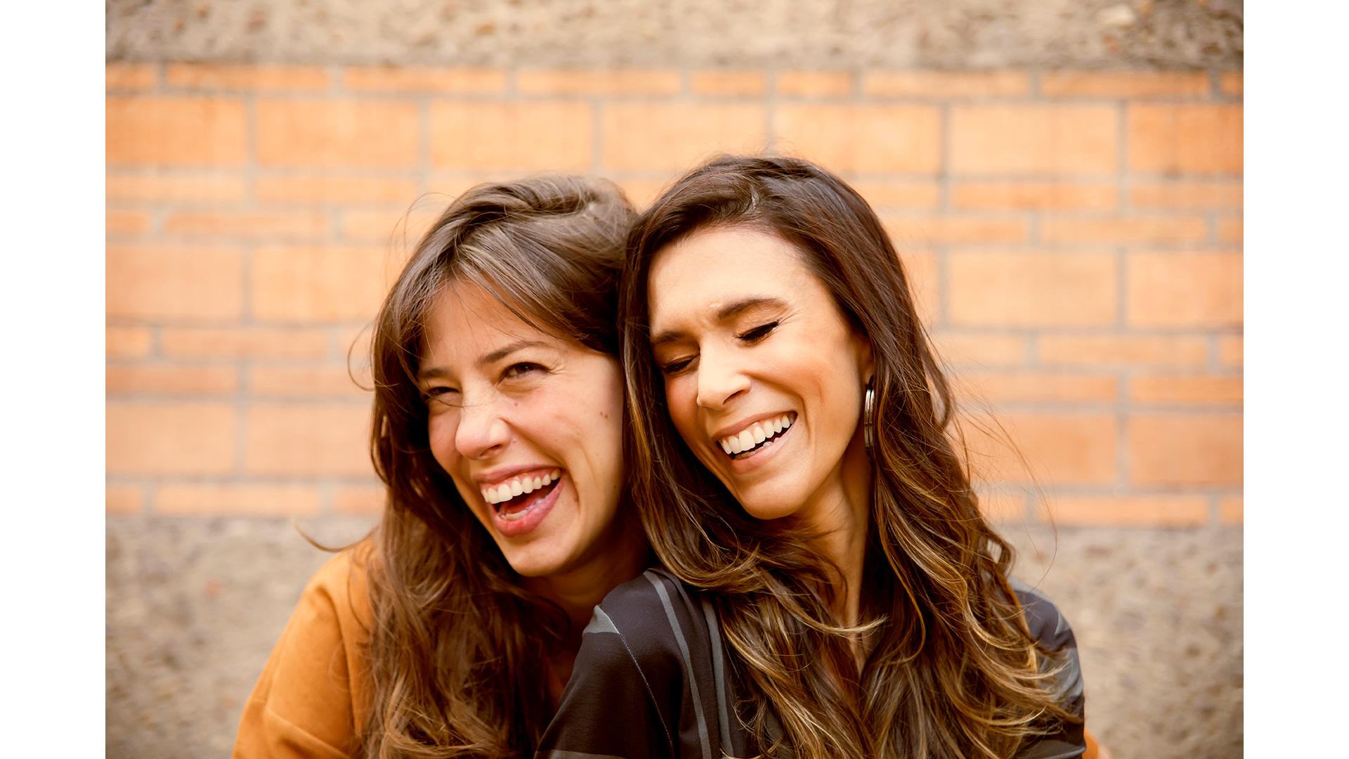 Roberta Martinelli e Sarah Oliveira –