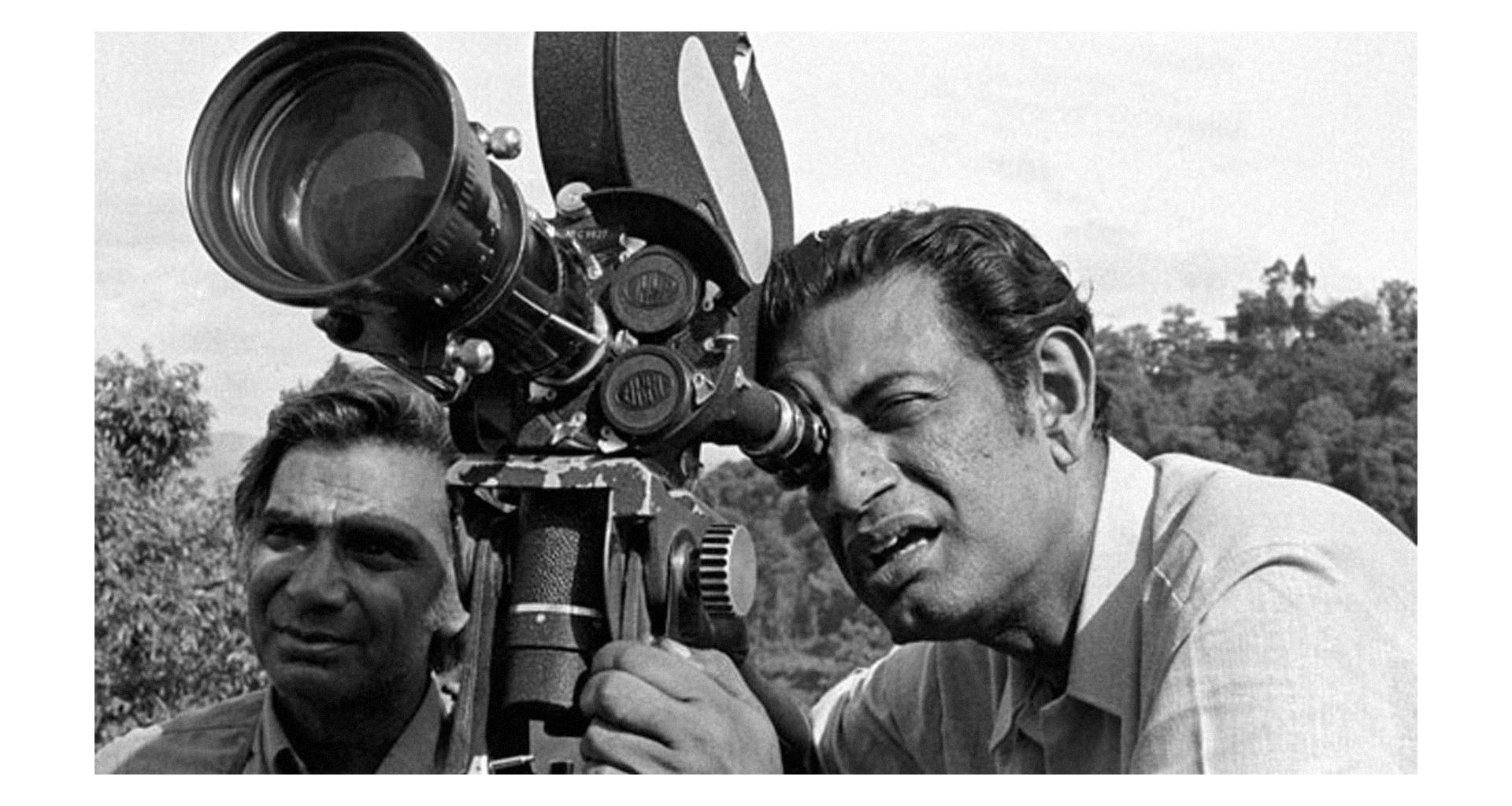 Satyajit Ray, conhecido até hoje por ser um dos grandes nomes do Cinema de Arte – ou Cinema Paralelo