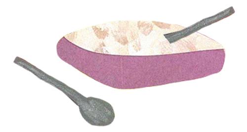 Colagem de canjica ou mugunzá com colheres